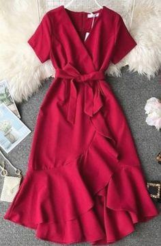 Vintage Dress Elegant in 2020 Modest Dresses, Modest Outfits, Elegant Dresses, Pretty Dresses, Vintage Dresses, Beautiful Dresses, Dress Outfits, Casual Dresses, Fashion Dresses