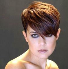 c8356d2b07fe Sexy taglio capelli corti donna 2015 Funky Short Hair