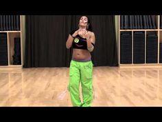 Adelicia breaks down the Brazilian Samba and shows different variations of the dance move.  #zumba #samba #brazilian