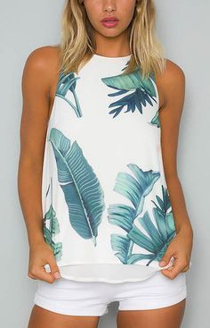 Who doesn& love a stylish singlet top? The high neck leaf print cami top is a perfect casual top featuring a sexy style with split back detailing at the back, high neckline. Style it with white shorts and a fedora hat for a fresh look. Summer Outfits, Casual Outfits, Cute Outfits, Fashion Outfits, Fashion Trends, Latest Fashion, Fashion Women, High Fashion, Chiffon Cami Tops