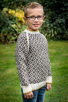 47a8f8366f9b 128 6 Smart sweater til drenge i alderen 4-12 år. Strikket i