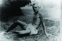 Béla Bartók looking trim.