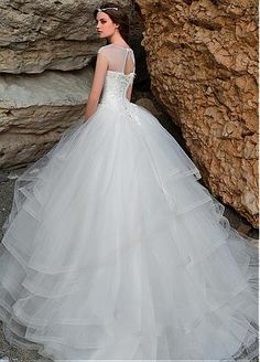 Buy discount Gorgeous Tulle Bateau Neckline Ball Gown Wedding Dresses with Beaded Lace Appliques at Dressilyme.com