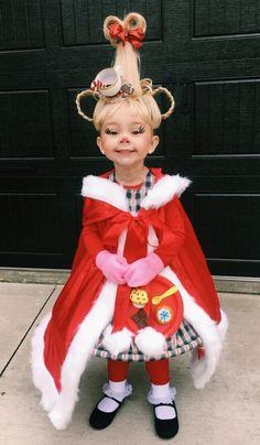 DIY Cindy Lou Who Halloween costume idea Cute Halloween Costumes, Halloween 2019, Halloween Kids, Halloween Party, Baby Grinch Costume, Whoville Costumes, Funny Baby Costumes, Who From Whoville Costume, Cool Kids Costumes