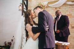 Gin, Wedding Dresses, Fashion, Bride Dresses, Moda, Bridal Gowns, Fashion Styles, Wedding Dressses