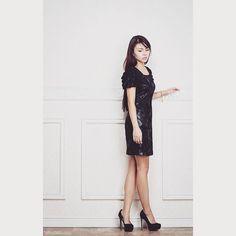 Woman in Black   Cleeluc.com