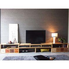どんな色の床にも合わせやすいマルチ伸縮テレビ台 幅176.5~339cm 写真10