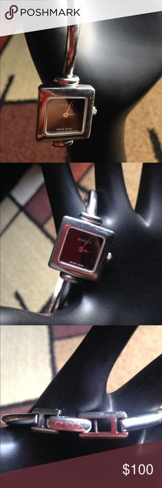 Gucci Watch Didnt fit me. Authentic Gucci watch. Watch needs battery. Jewelry
