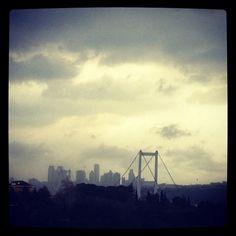 İstanbul! Boğaziçi Köprüsü! Bulutlar!