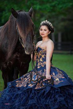 Light Blue Quinceanera Dresses, Mexican Quinceanera Dresses, Prom Hairstyles, Quinceanera Hairstyles, Xv Dresses, Ball Gown Dresses, Charro Dresses, Quince Dresses Mexican, Vestido Charro