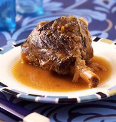 Photo de la recette : Souris d'agneau confites au miel et au thym Lamb Shanks, French Food, Culinary Arts, Healthy Treats, Main Meals, Grilling Recipes, No Cook Meals, Food Hacks, Food And Drink