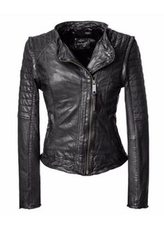Combine leather jacket: With these styling tips you just look great! Hot Outfits, Fashion Outfits, Womens Fashion, Fashion Tips, Best Leather Jackets, Outfit Trends, 2015 Trends, Winter Trends, Capsule Wardrobe