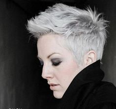 Grey hair or pixie cut? In this post you will find the best images of Pixie Haircut for Gray Hair that you will love! Popular Short Hairstyles, Pixie Hairstyles, Short Haircuts, Gray Hairstyles, Trendy Haircuts, Popular Haircuts, Layered Haircuts, Hair Styles 2014, Short Hair Styles