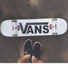 I love Vans! I have black & white ones. Love the skateboard too! Skate Vans, Vans Skateboard, Skateboard Deck Art, Skateboard Design, Cool Skateboards, Skateboards For Girls, Skateboard Tumblr, Electric Skateboard, Galactik Football