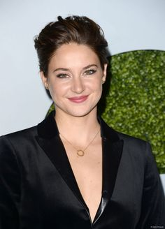"Shailene Woodley, lors de la soirée ""GQ Men Of The Year"", le 4 décembre à Los Angeles."