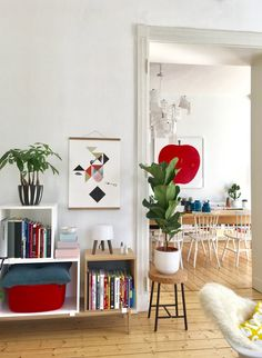 Colorful Decor, Colorful Interiors, Modern Interior Design, Interior Styling, Minimalist Room, Living Spaces, Living Room, Home Decor Styles, House Colors