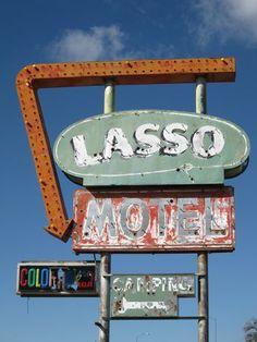 Lasso Motel