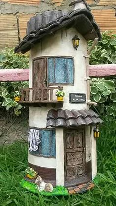 Creative Crafts, Fun Crafts, Diy And Crafts, Arts And Crafts, Easter Crafts, Clay Fairy House, Fairy Houses, Clay Houses, Stone Houses