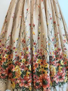 Items similar to Vintage Novelty Print Skirt Floral Border Print Autumn Bouquet Flowers on Etsy Boho Womens Clothing, Haute Couture Gowns, Romantic Outfit, Bouquet Flowers, Border Print, Embroidery Fashion, Floral Border, Fashion Lighting, Novelty Print