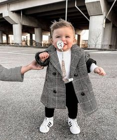 Cute Baby Boy Outfits, Toddler Boy Outfits, Cute Outfits For Kids, Cute Baby Clothes, Fashion Kids, Baby Boy Fashion, Toddler Fashion, Cute Little Baby, Cute Baby Girl