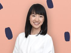 10 Tidying Life Hacks From Marie Kondo You are in the right place about tidy up boxes Here we offer you the most beautiful pictures about the tidy up … Wardrobe Organisation, Clutter Organization, Bedroom Organization, Diy Organisation, Vintage Bedroom Decor, Showing Gratitude, Sparks Joy, Marie Kondo, Konmari