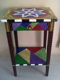 mueble pintado a mano tecnica de puntillismo / furniture hand painted technique of pointillism Hand Painted Furniture, Funky Furniture, Refurbished Furniture, Art Furniture, Upholstered Furniture, Mosaic Outdoor Table, Outdoor Table Tops, Painting Wallpaper, Dot Painting