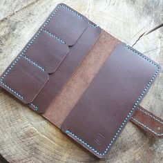 Personalized Long Zipper Wallet Leather Harlex Hand by HarLex Leather Wallet Pattern, Handmade Leather Wallet, Leather Gifts, Leather Pouch, Leather Craft, Leather Purses, Leather Wallets, Diy Wallet, Leather Projects
