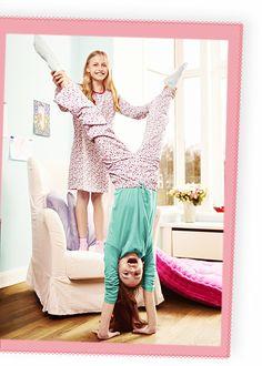 Holky párty v pyžamu baví :)