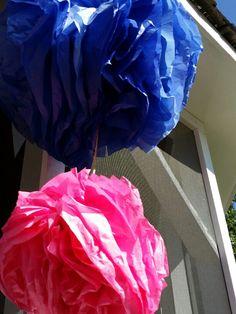 DIY Party Decorations: Giant Pompons