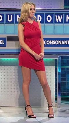 Rachel Riley is incredibly sexy. Truely an amazing women. Rachel Riley Bikini, Rachel Riley Legs, Sexy Older Women, Sexy Women, Rachel Riley Countdown, Racheal Riley, Talons Sexy, Tv Girls, Sexy Legs And Heels