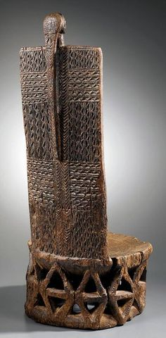 Africa | Throne from the Tabwa people of DR Congo | Wood. H: 76 cm | ca. late 19th - early 20th century