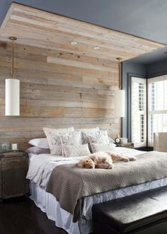Small Master Bedroom Ideas for Couples Decor. The ideas presented in this article will be of great use while you are preparing to decorate a master bedroom, especially if you have a small master bedroom. Rustic Master Bedroom, Master Bedroom Design, Modern Bedroom, Bedroom Designs, Contemporary Bedroom, Wood Bedroom Wall, Natural Bedroom, Master Suite, Master Bedrooms