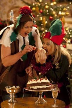 "Day 16 of our Miradvent calendar: Sarah Hadland as Stevie and Miranda Hart as Miranda eating the icing in Christmas special. ""She'll never notice! Miranda Tv Show, Miranda Bbc, Miranda Hart Quotes, Miranda Hart Funny, Sarah Hadland, Comedy Tv, Great Friends, Comedians, Humor"