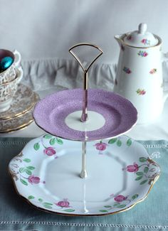 Vintage 2 tier cake stand / cupcake display: pink fuschias topped off with a lilac / purple Royal Standard plate