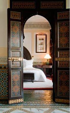 The beautiful La Mamounia hotel in Marrakech, Morocco Design Marocain, Style Marocain, Moroccan Design, Moroccan Style, Moroccan Theme, Modern Moroccan, Morrocan Decor, Moroccan Lanterns, Moroccan Interiors