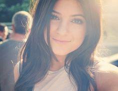 Kylie Jenner winterball makeup