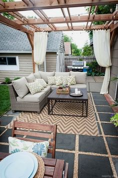 gravel works well for Classic patios offering a timeless feel. It is appropriate for any landscape style. Gravel patio is a .. - CLICK PIN for Various Patio Ideas, Patio Furniture and other Perfect Patio Inspiration. #patiodesigns #backyard