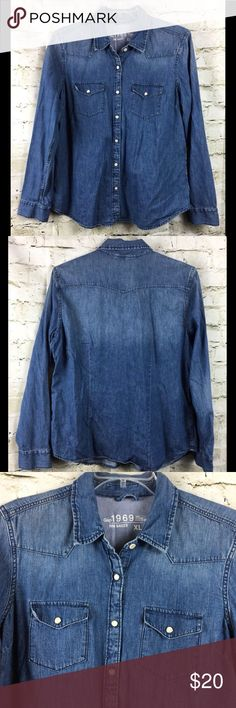30f1a0cac Gap 1969 Chambray Shirt Pearl Snap XL F73 Women's Gap 1969 Chambray Shirt  Pearl Snap Button