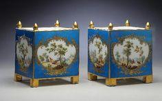 CREATOR(S)Louis-Denis Armand l'aîné (painter)  Vincennes Porcelain Manufactory (manufacturer)  TITLEFlower pots  DATE1754  MEDIUMporcelain with enamel and gilded decoration
