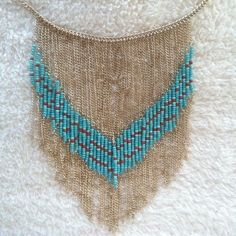 Love this necklace! Perfect piece for a Spring outfit!
