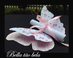 Convite borboleta floral Convite borboleta floral Convite borboleta floral Convite borboleta floral shower ideas for a girl Diy Birthday, Birthday Cards, Birthday Gifts, Birthday Parties, Butterfly Party, Butterfly Birthday, Butterfly Crafts, Butterfly Invitations, Floral Invitation