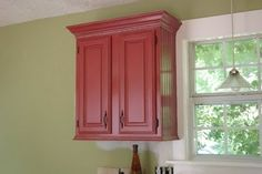 How to make builders grade cabinets look custom - stunning kitchen! The Twice Remembered Cottage - A Cottage Transformation Journey