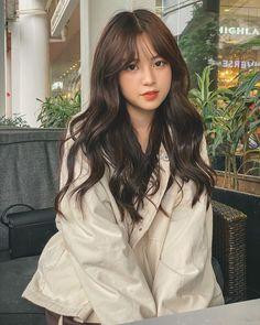 Korean Haircut Long, Korean Wavy Hair, Korean Hairstyle Long, Ulzzang Short Hair, Korean Hairstyles Women, Korean Hair Color, Hairstyles With Bangs, Korean Medium Hair, Japanese Hairstyles