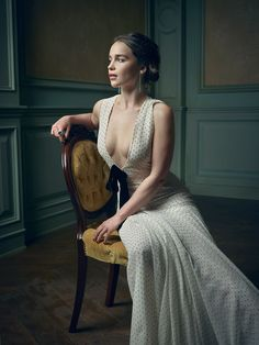 Emilia Clarke – 2016 Vanity Fair Oscar Party Portrait