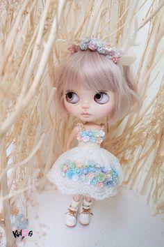 Etsy の Blythe secret garden flowers Dress by kuloft