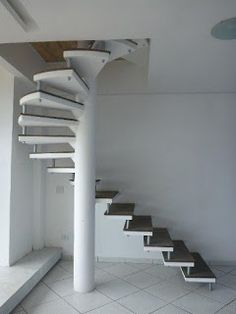 21 Ideas Floating Stairs Modern 21 Ideas Floating Stairs Modern Click The Link For See Spiral Stairs Design, Home Stairs Design, Interior Stairs, House Design, Tiny House Stairs, Loft Stairs, Tile Stairs, Concrete Stairs, Escalier Art