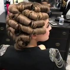 Perfect wedding look 👰 hairstyles hair hairart hairbrained hairdo - Her Croch. - - Perfect wedding look 👰 hairstyles hair hairart hairbrained hairdo - Her Crochet Hollywood Hair, Hollywood Waves, Curly Hair Styles, Natural Hair Styles, Hair Upstyles, Hair Videos, Up Hairstyles, Wedding Hairstyles, Wavy Hair