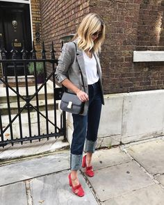 """13.4k Likes, 350 Comments - Emma Hill 
