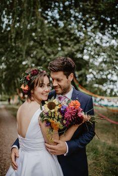 Summer Wedding Bouquets, Diy Wedding Bouquet, Flower Crown Wedding, Wedding Colors, Wedding Flowers, Rainbow Wedding, Outdoor Ceremony, Wedding Decorations, Wedding Ideas