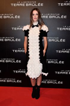 Kaya Scodelario in Chanel attends the Premiere 'Maze Runner : Scorch Trials - Le Labyrinthe : La Terre Brulee' at Le Grand Rex on September 29, 2015 in Paris, France.